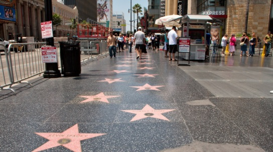 Hollywood-Star-2